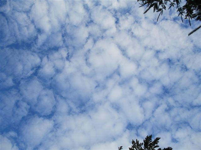 sch nwetter wolken aus wei er chemie ber deutschland bye bye blue sky sauberer. Black Bedroom Furniture Sets. Home Design Ideas